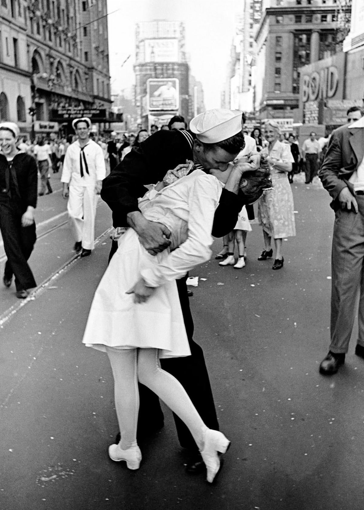 "The photo portrays a U.S. Navy embracing and kissing a stranger—a dental assistant—on Victory over Japan Day (""V-J Day""), Times Square, New York City, 14 August 1945."