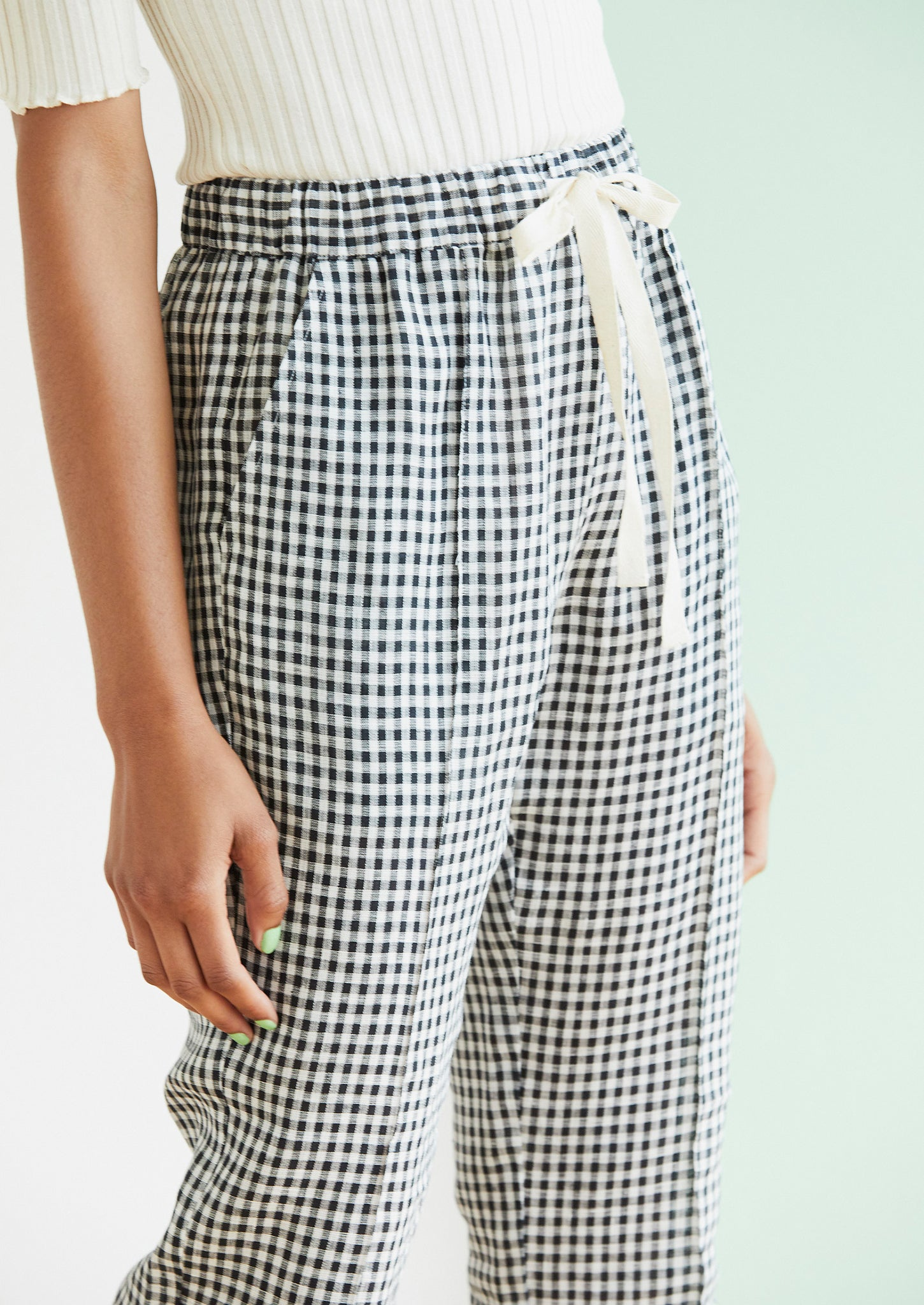 Now You See Her in Black Gingham - hej hej