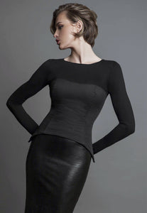 eradea, collection, leather corsets, cotton corsets, couture, fashion, italian, belts, women, firenze, italy, florence, clothing, bustiers, sara romoli, modern style, designer, women's clothing