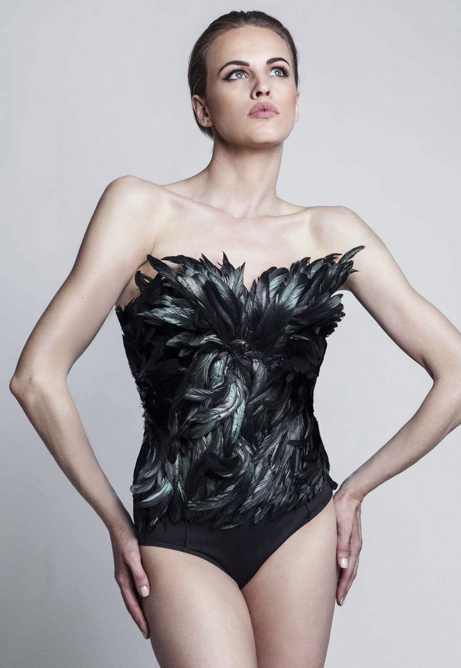 eradea, collection, leather corsets, cotton corsets, couture, fashion, italian, belts, women, firenze, italy, florence, clothing, bustiers, sara romoli, modern style, designer, women's clothing, feathered