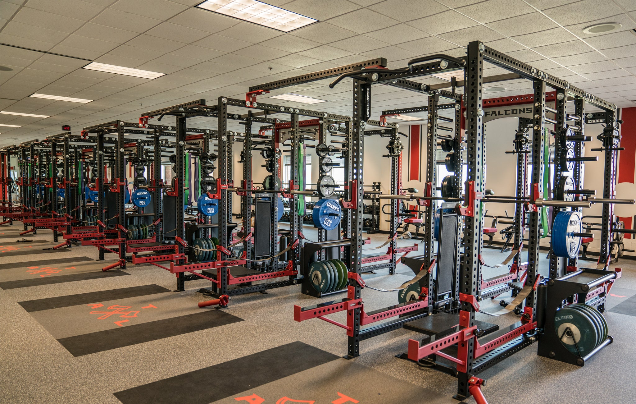 atlanta falcons weight room