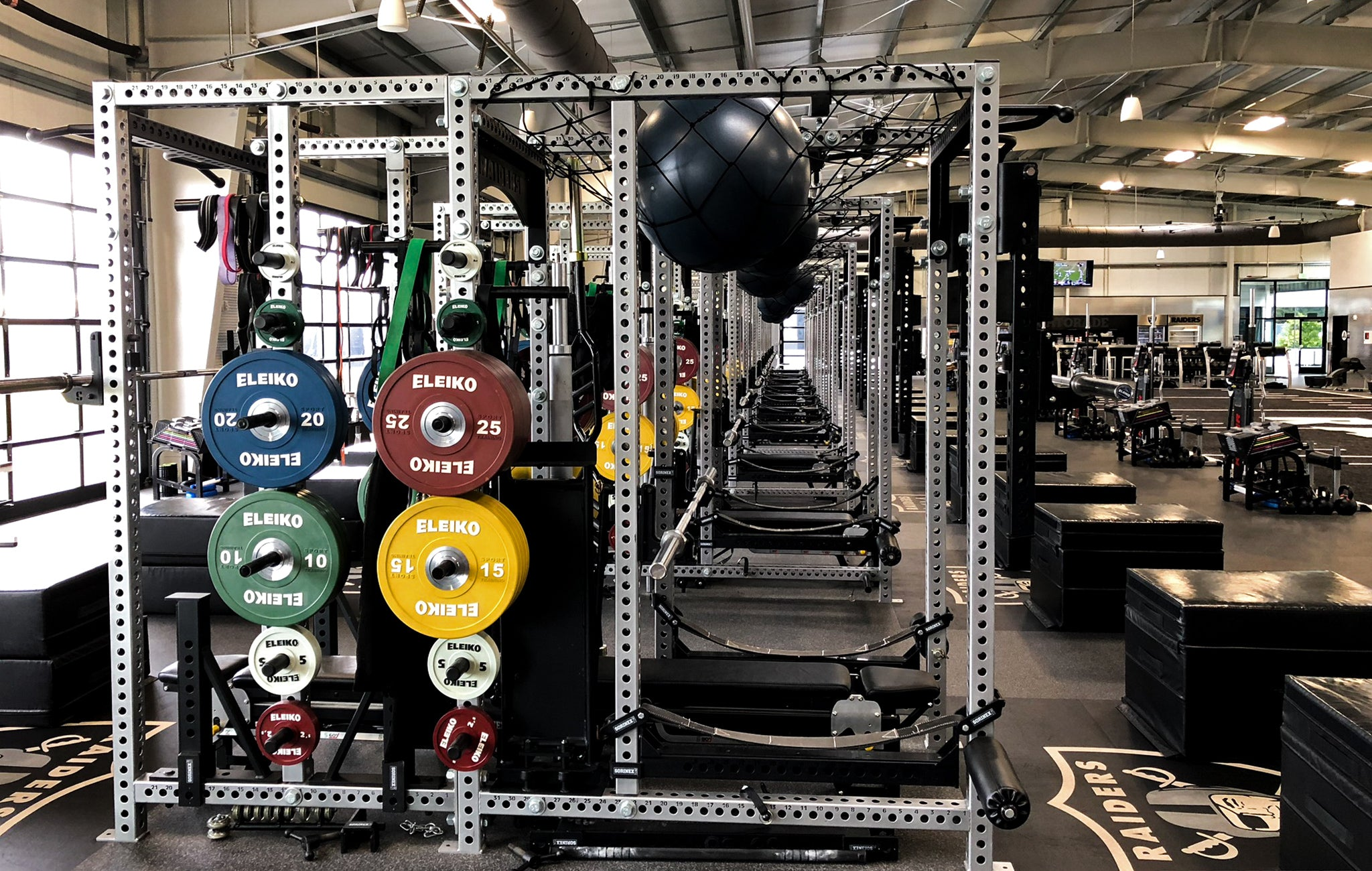 Oakland Raiders strength training