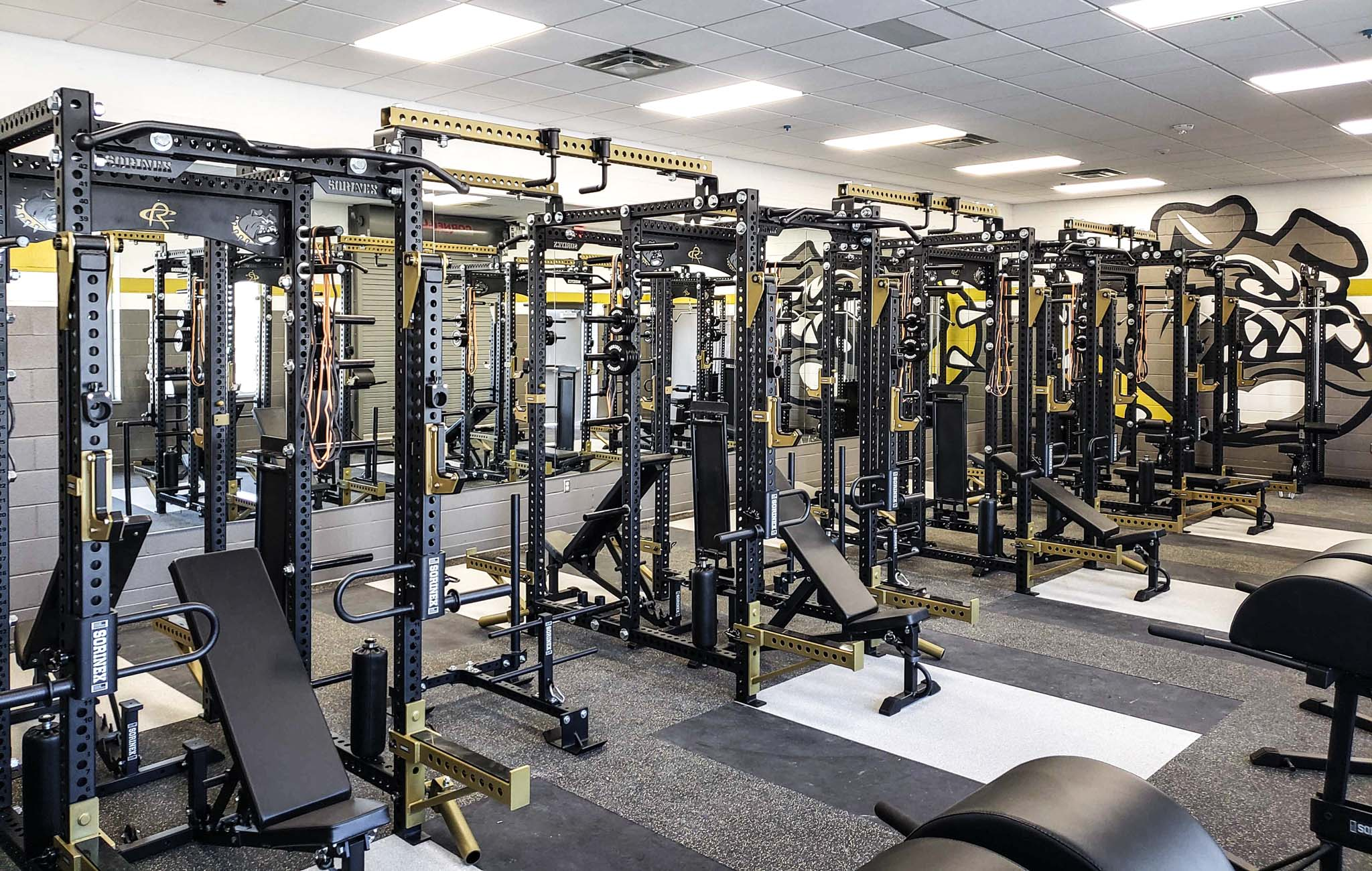 RDISD Summers Middle School Weight Room