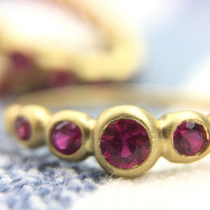 Kima Ring 5 Stone with rubies