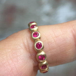 Porch Band with 2 mm rubies