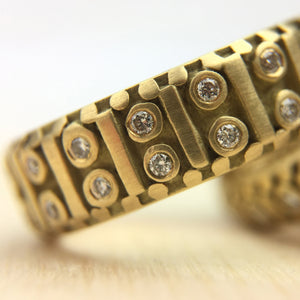Fancy Costa Band with diamonds 5.75 mm