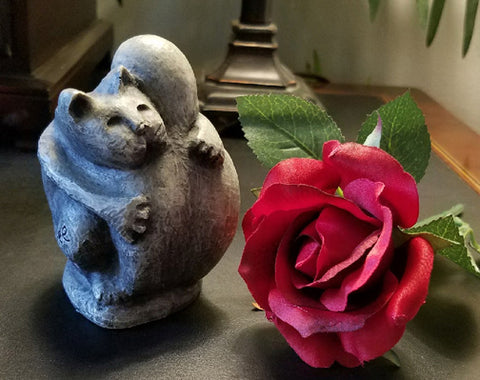 Keepsake Pet Urns for Ashes