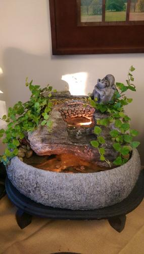 Indoor Tabletop Fountain (Medium) – Everlasting Hug, Inc.
