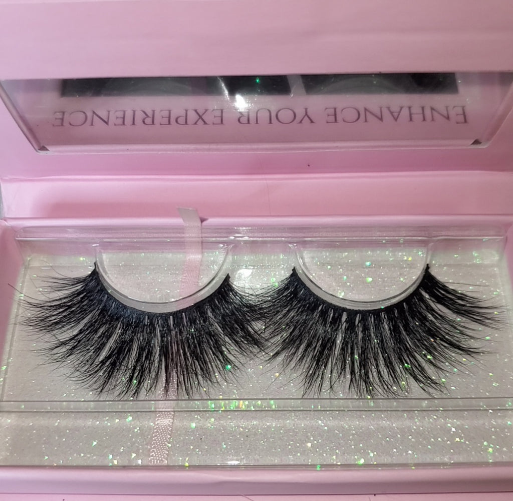 "Mink Eyelash Strips ""College Girl"""