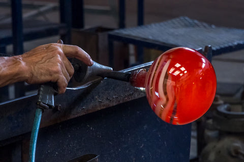 Making a Red Art Glass Vase