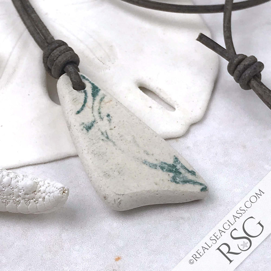 Scalloped Leaf Teal & White Sea Shard Leather Surfside Necklace