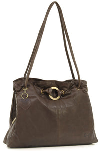 Gigi - Women's Leather Shoulder Bag - OTHELLO 4323 - with heart keyring charm - Dark Brown