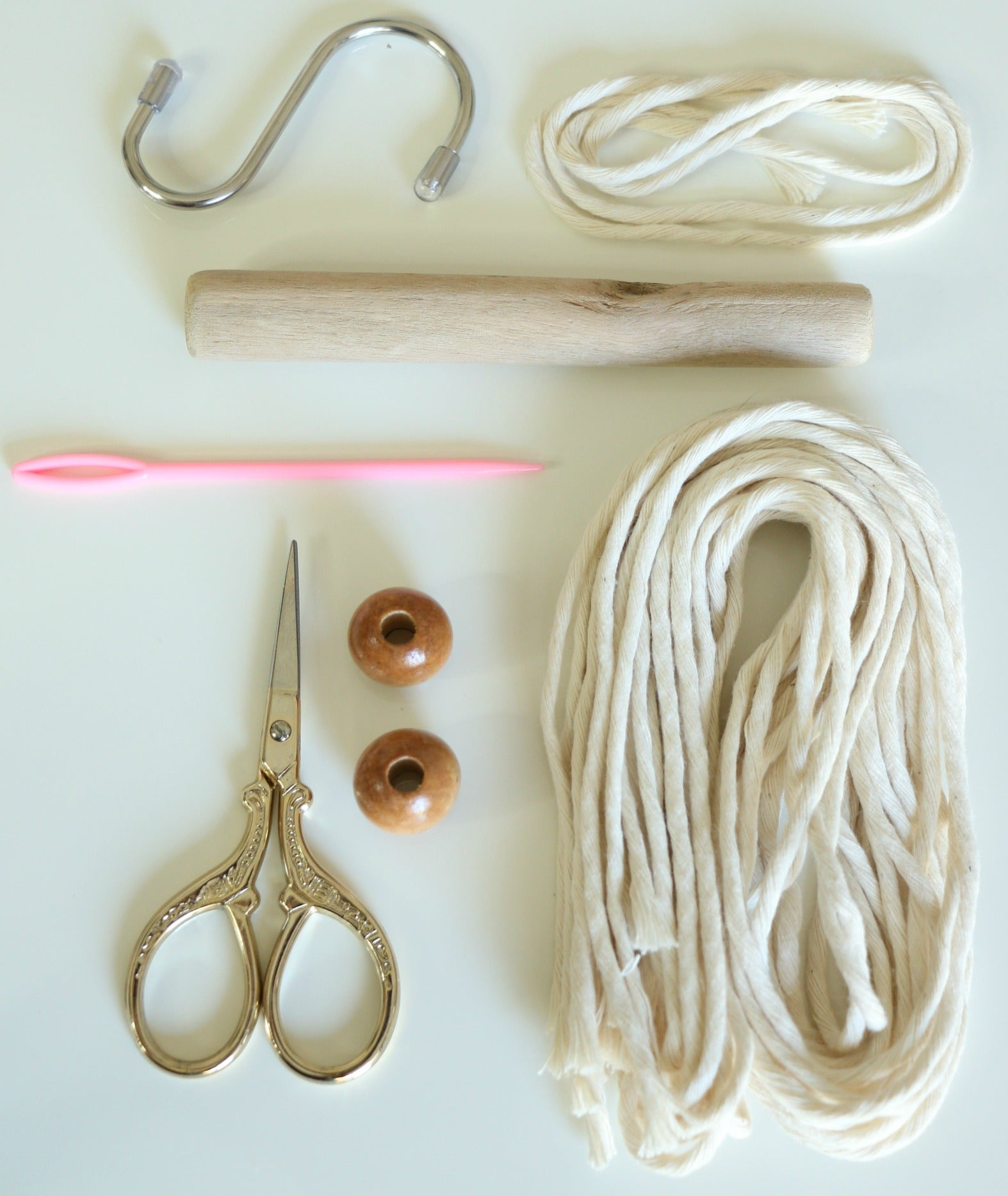 Wall Hanging Lesson Plan: Macrame Wall Hanging Kit With Video Lessons
