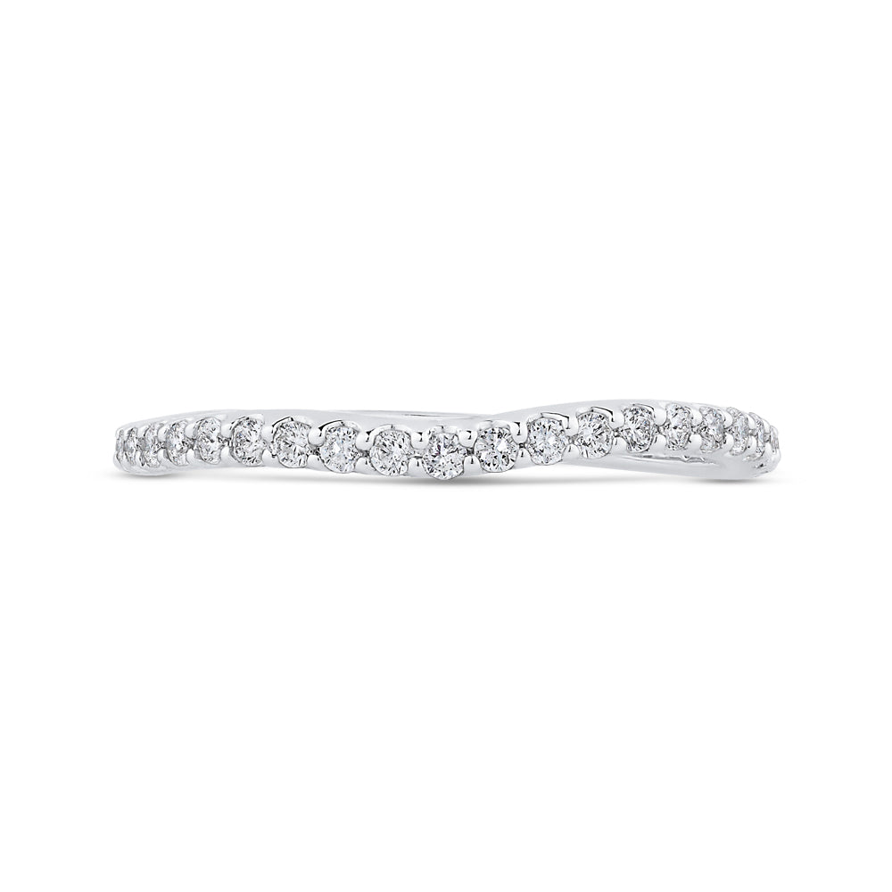 Round Cut Diamond Wedding Band In 14K White Gold