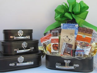 Taste of St Louis Deluxe Suitcase
