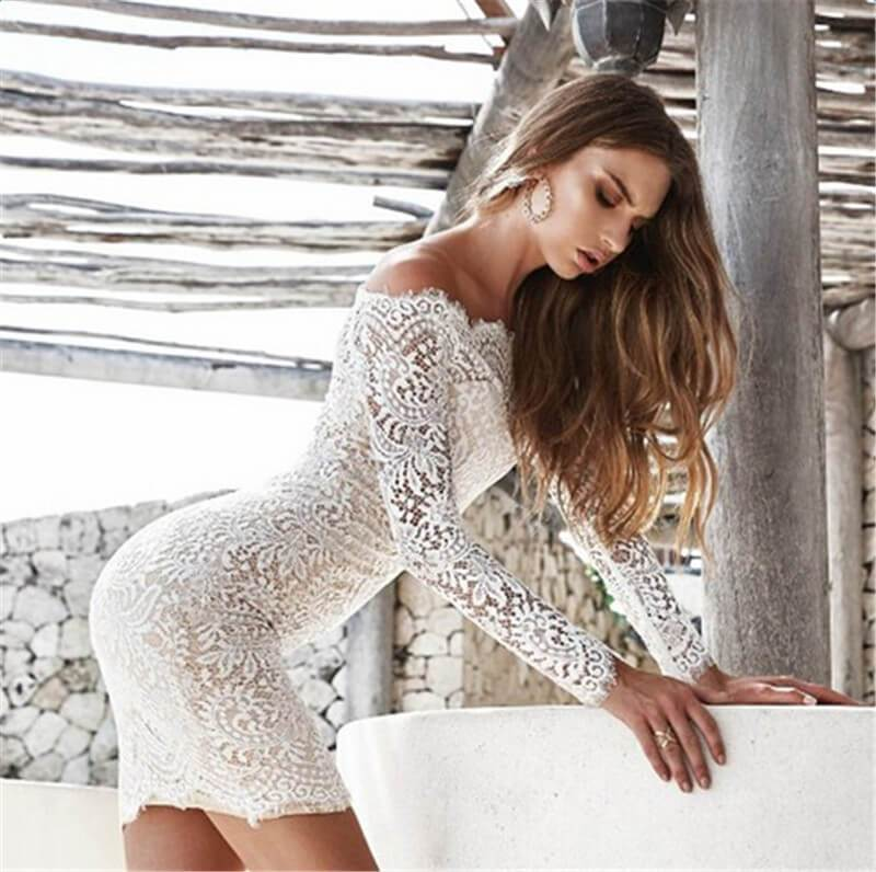 Kiara - Elegant Lace Dress