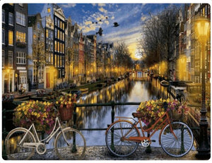 The Streets of Amsterdam - LOVIELO