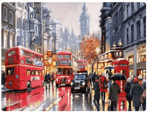 The Busy Streets of London - LOVIELO