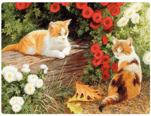 Cats & Red Flowers - LOVIELO