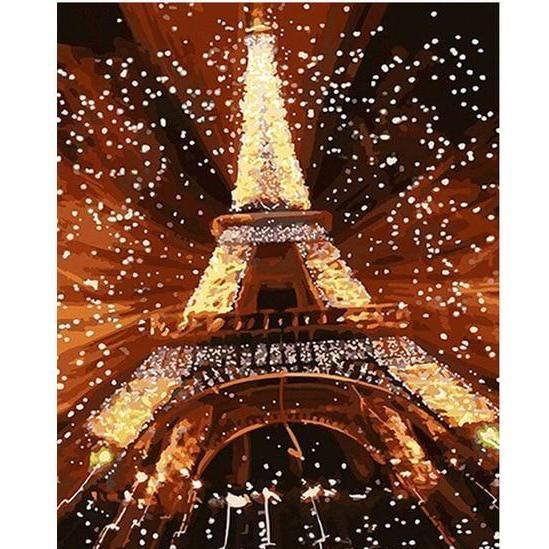 The Eiffel Tower Filled with Light - LOVIELO