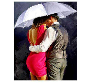 A Couple Kissing In The Rain - LOVIELO