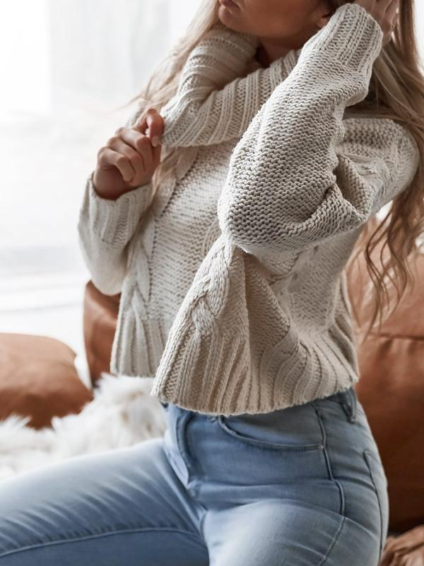 Oversize Turtleneck Crop Knit Sweater - Hera Legacy