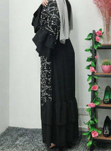 Load image into Gallery viewer, Black Hunoon Kimono Style Open Abaya