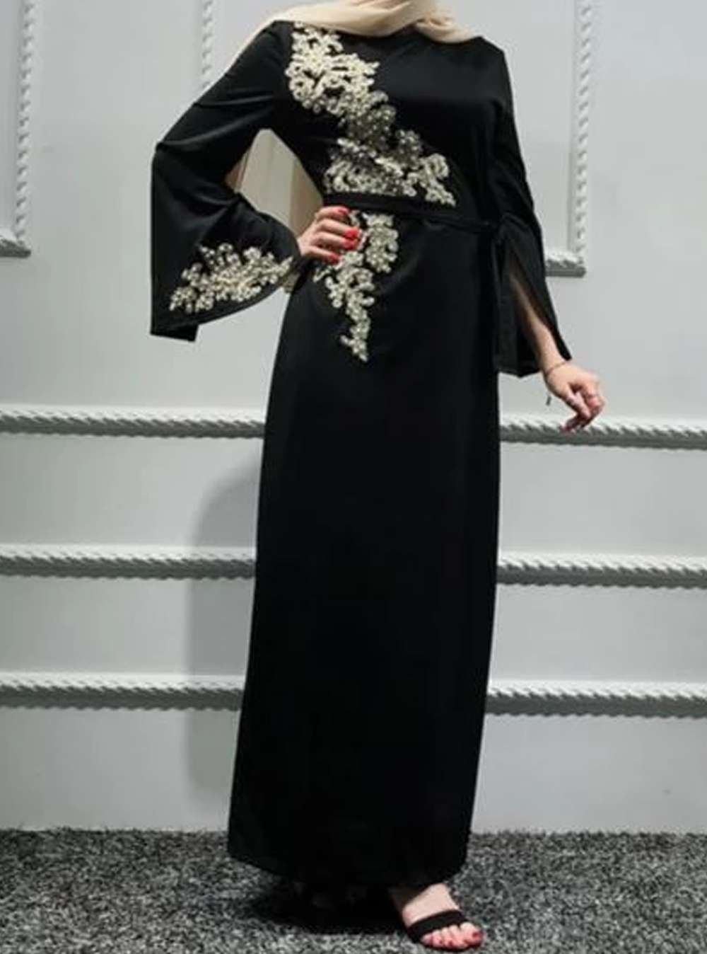 Martina Embroidered Abaya