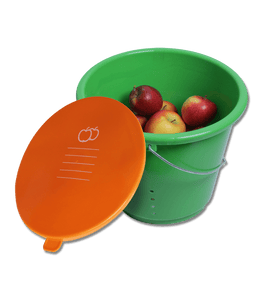 Carrot storage bucket