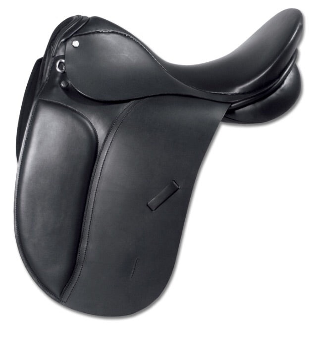 Waldhausen star dressage saddle