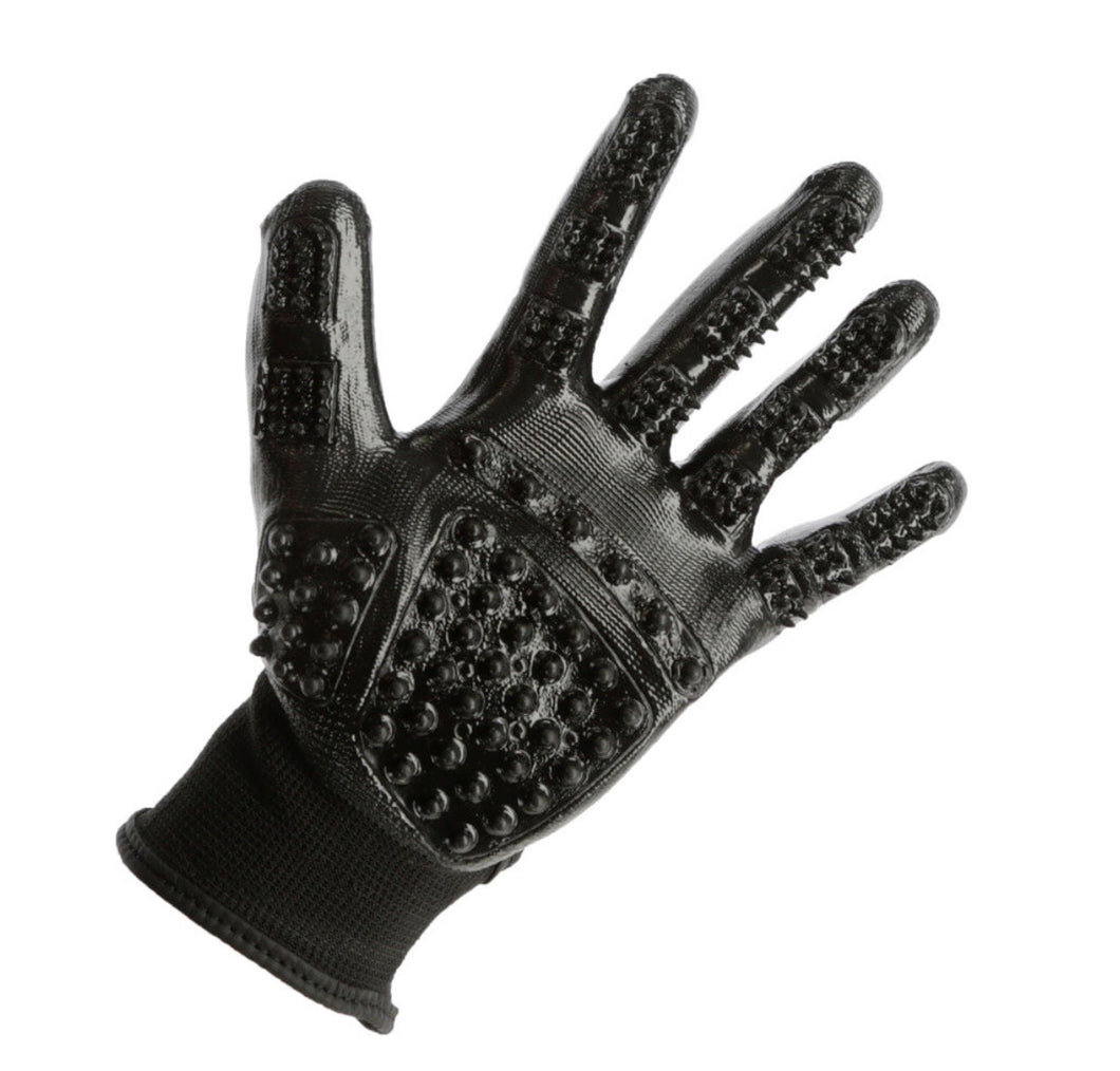 K cleaning and massage gloves