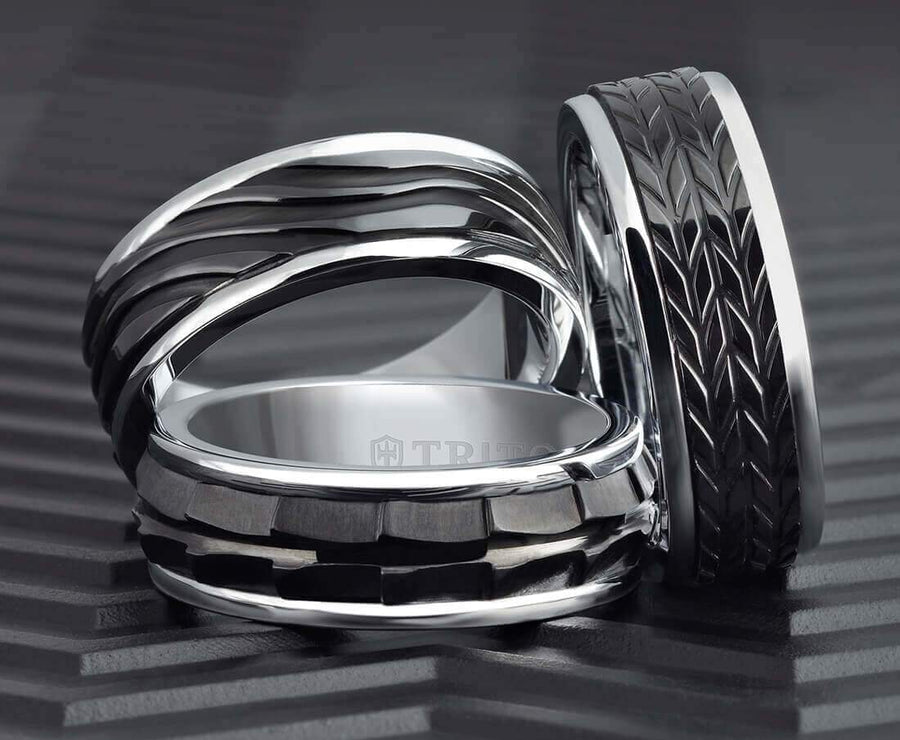 6MM Black Tungsten Carbide Ring - Chevron Black Titanium Insert with Round Edge