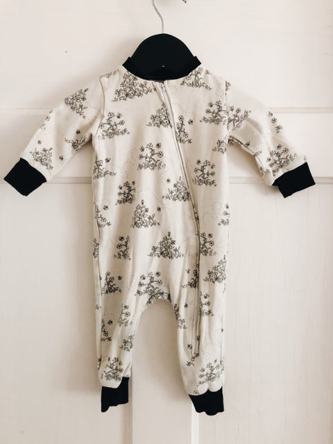Organic Cotton Sleeper Bee print 0-3 mos, canada,- Minna.ca