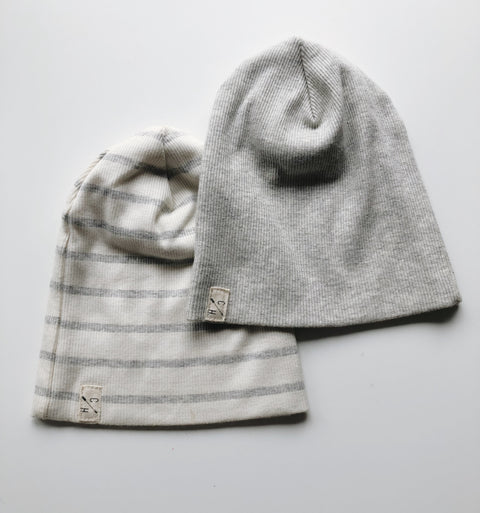 2 Childhood Clothing Beanies 0-3 mos, canada,- Minna.ca