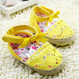 Sweet Very Light Big Bow Knitted Crib Shoe-Shopper Baby