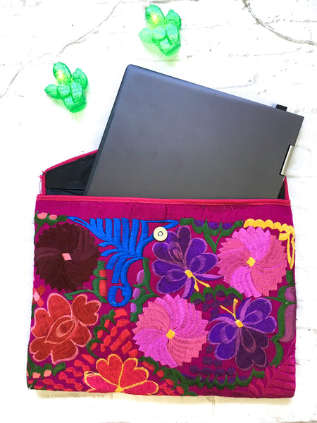 Embroidered Laptop/Tablet Cover