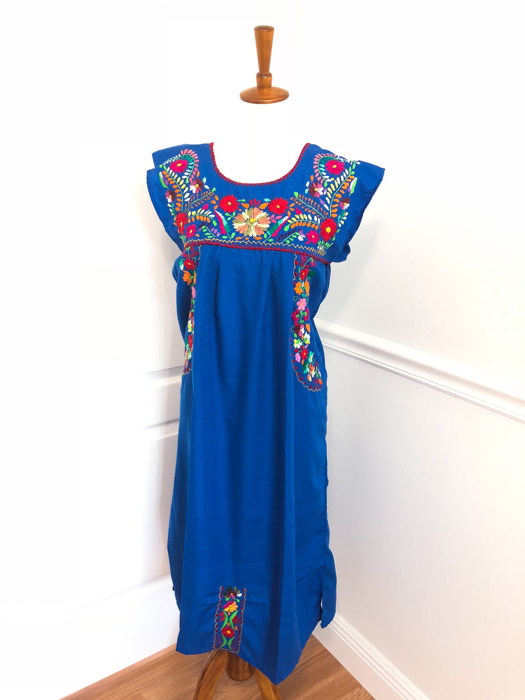 Boho Chic Minerva Mexican Embroidered Dress
