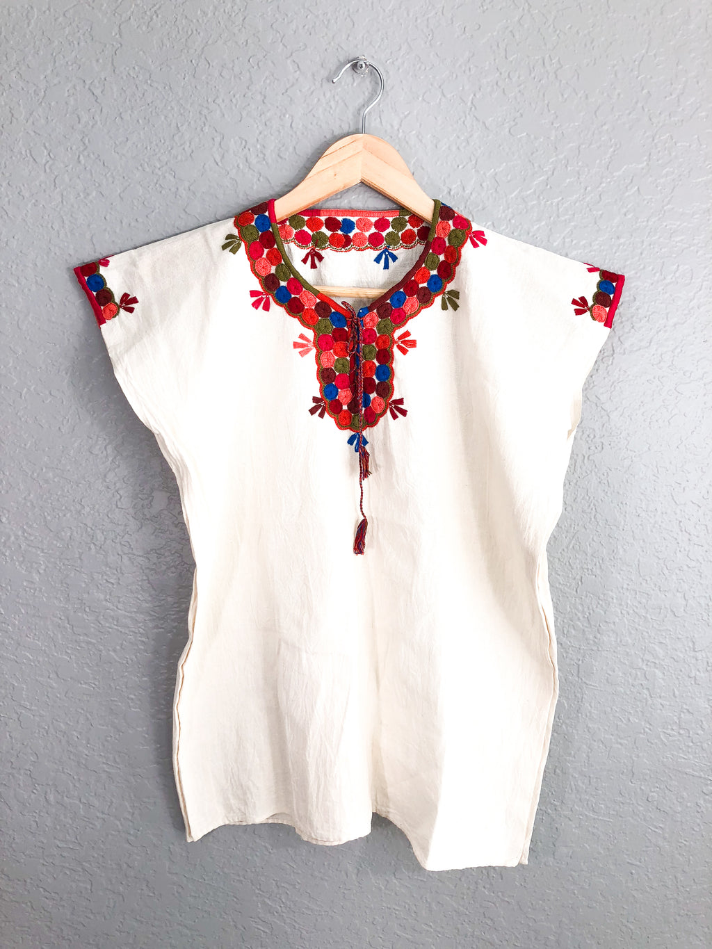 Colibri Embroidered Top-wholesale