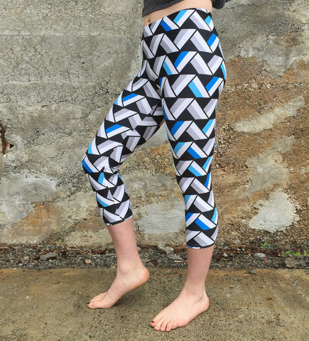 Nebraska Capri Leggings [Blue]
