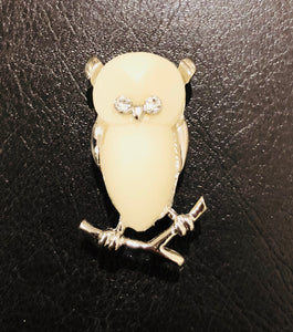 Vintage Owl pendant watch and Owl pin (2 piece set)