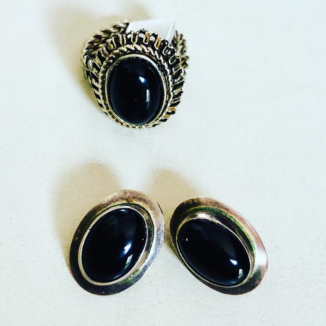 Vintage Black Stone Ring and Stainless Steel Earrings (2-piece set)
