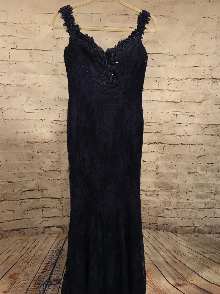 NAVY LACE LONG EVENING GOWN