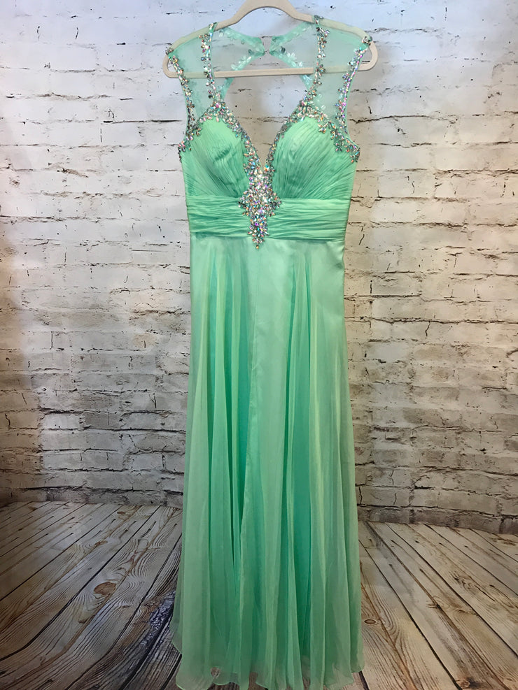 GREEN LONG EVENING GOWN
