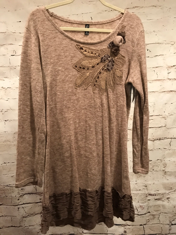 TAN/BROWN TUNIC