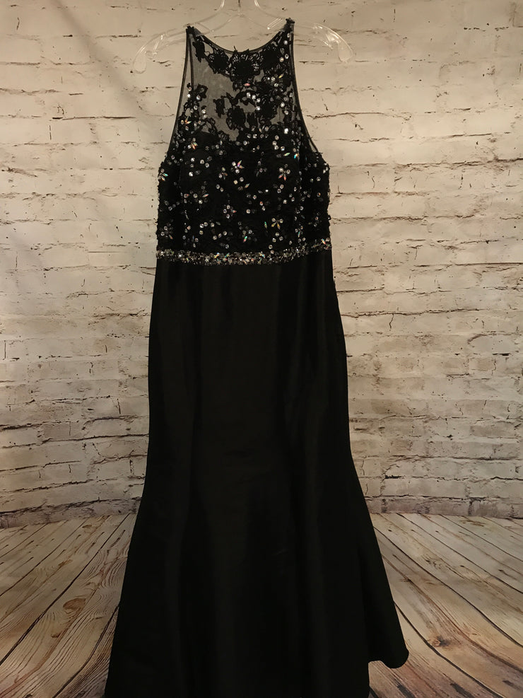 BLACK MERMAID GOWN (NEW)