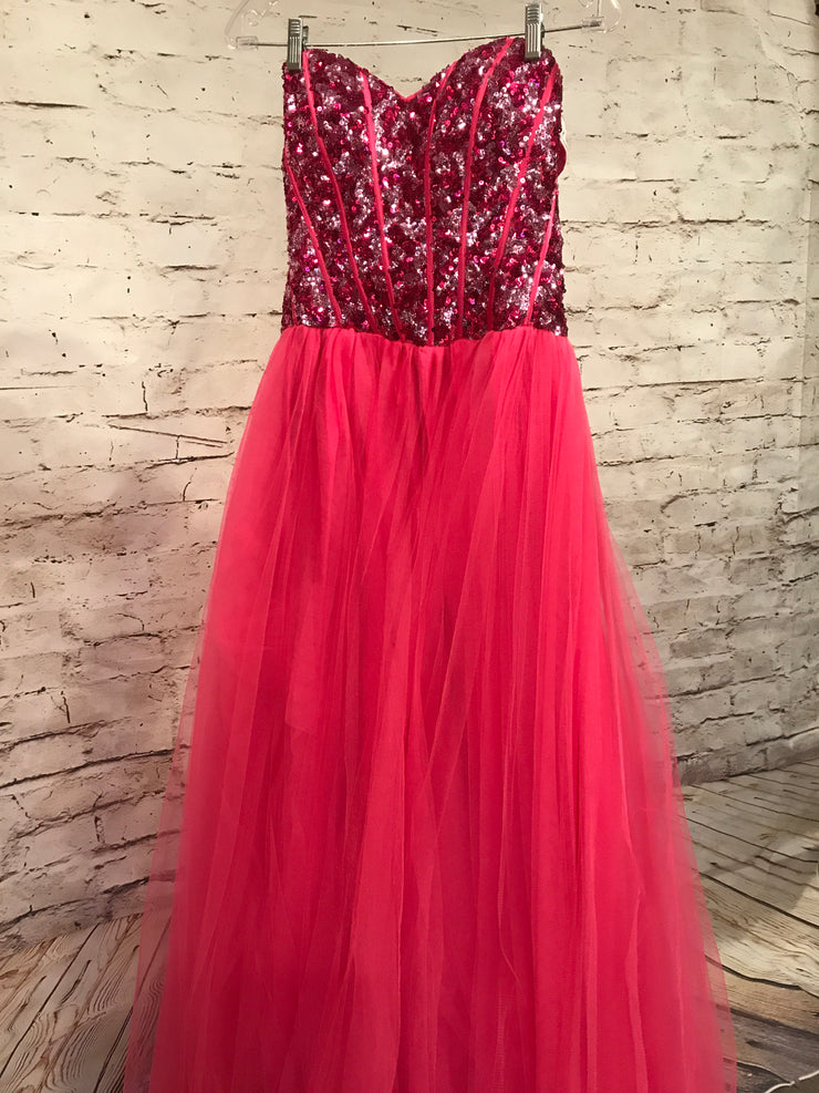 DARK PINK PRINCESS GOWN