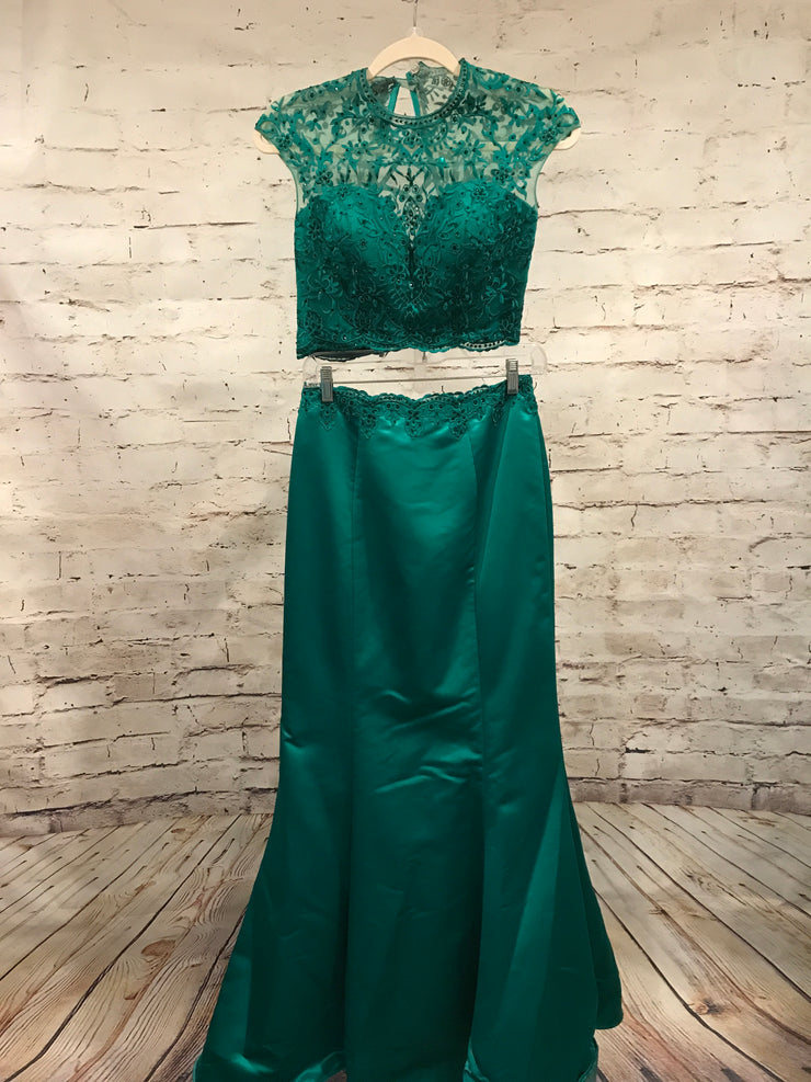 GREEN 2 PC. MERMAID GOWN SET