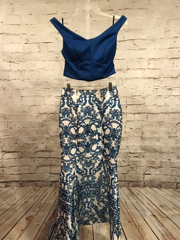 BLUE/WHITE 2 PC. MERMAID GOWN