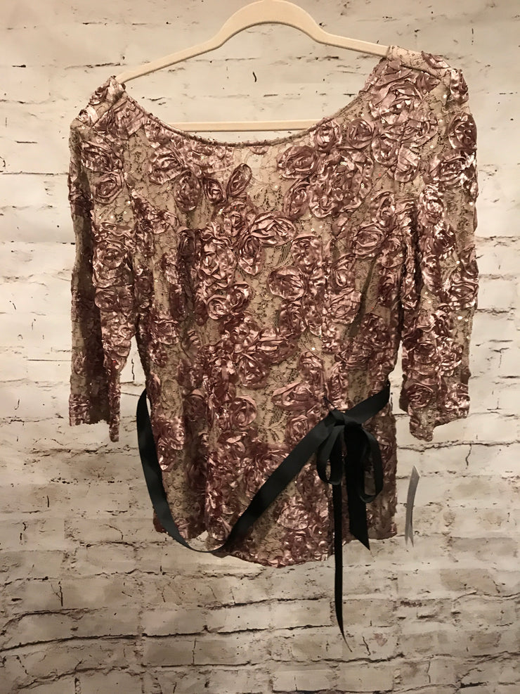 NEW-GOLD FLORAL TOP $139