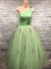 GREEN ONE SHOULDER PRINCESS GOWN